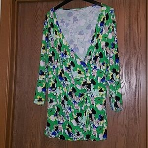 Dana Buchman green print top (3 for $20)